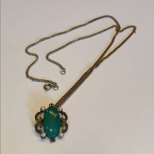 Vintage green stone and seed pearl bead necklace